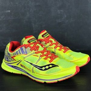 Woman's Saucony Fastwitch Running Sneakers